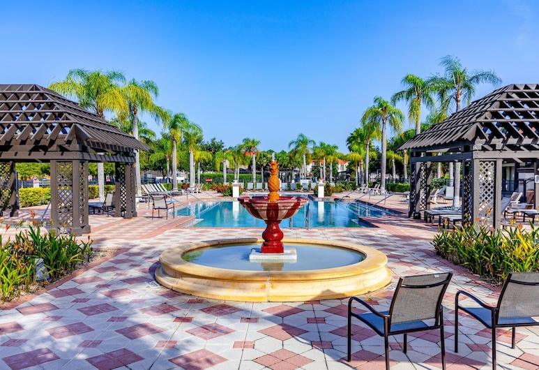 Fantastic 4br 3ba with Pvt Pool with Lake view near to Disney, Kissimmee, Camera