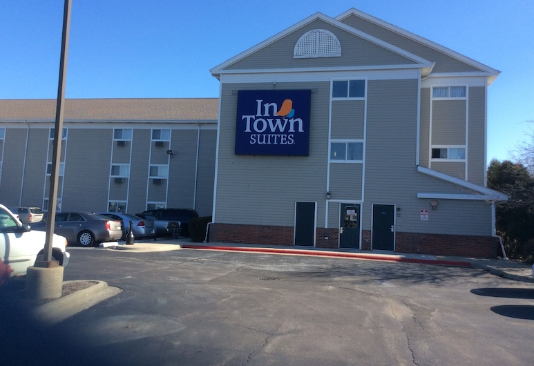 InTown Suites Extended Stay Chicago IL - Elk Grove, Elk Grove Village