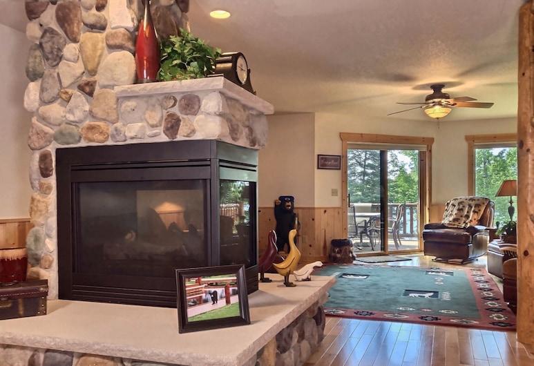 Voyageur Crossings 21 - Hiller Vacation S 3 Bedroom Townhouse, Río Eagle, Casa de ciudad, 3 habitaciones, Sala de estar