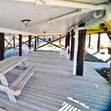 House, Multiple Beds (Seafari - 106 Portier Ct) - Pool