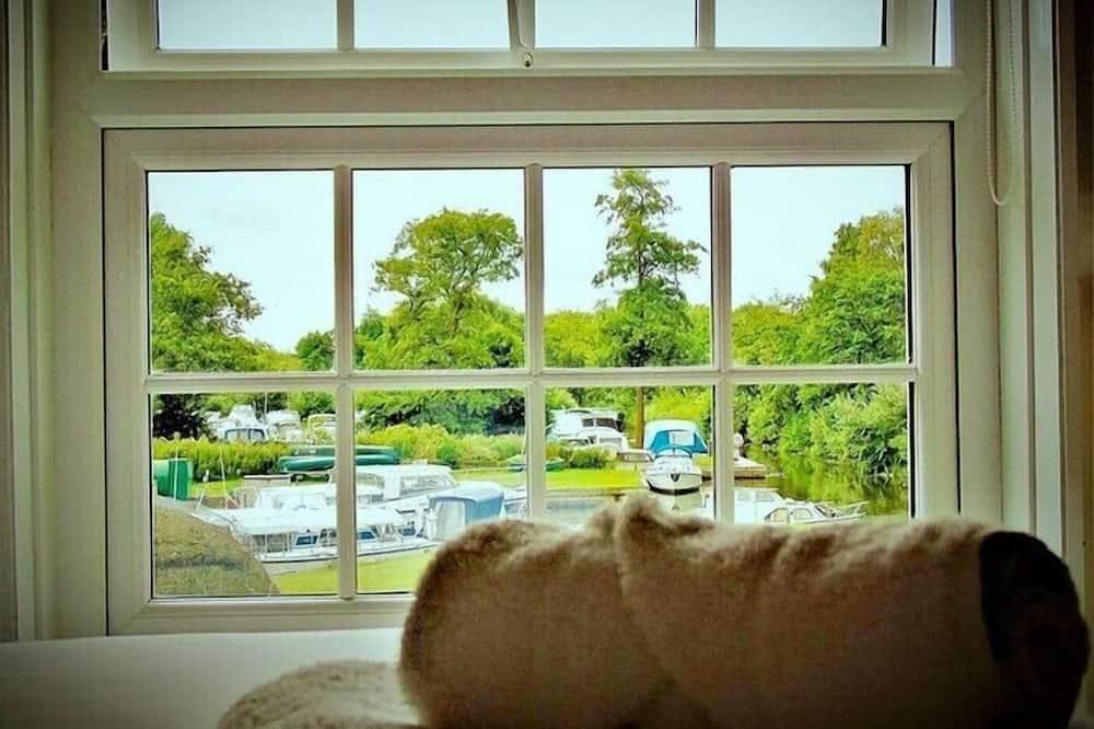 シングルルーム シングルベッド 1 台 ガーデンビュー - 客室からの眺望