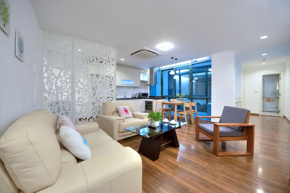 Romantic Apartment - Living Area