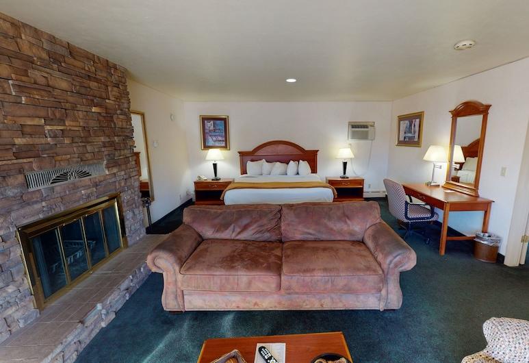 Red Arrow Inn & Suites, مونتروس, جناح عائلي, غرفة نزلاء
