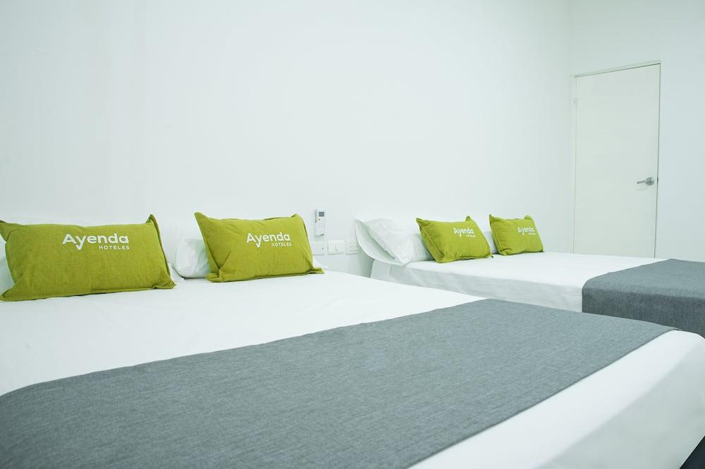Standard Quadruple Room - Guest Room