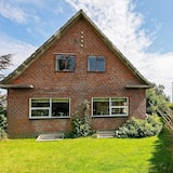 6 Person Holiday Home in Varde
