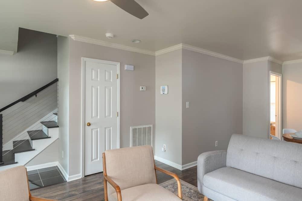 Beaufort - Beaufort Abode - Living Room