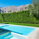 La Paloma Palms - Pool