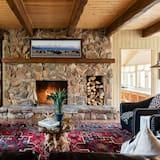 White Pine Ranch - Living Room