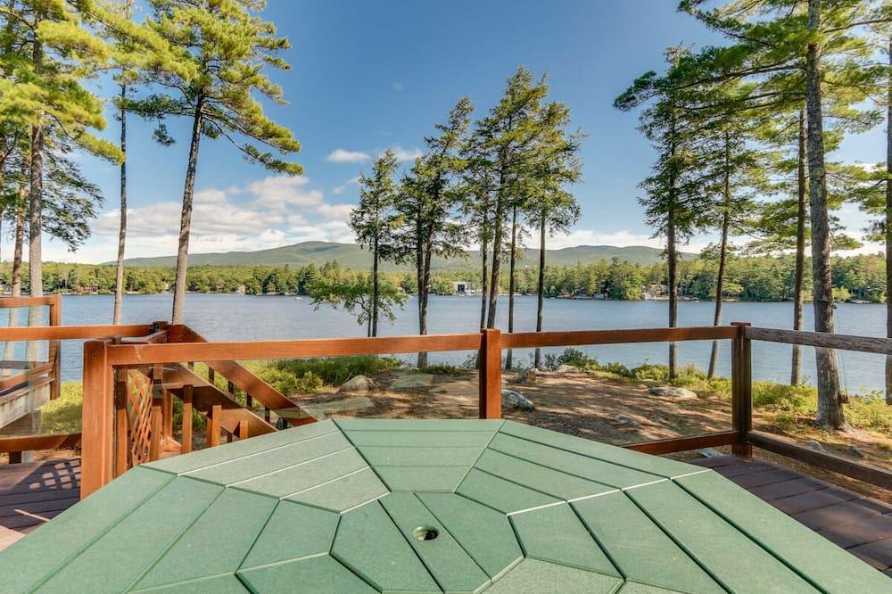 Lake Winni - WF - 533 - Balcony