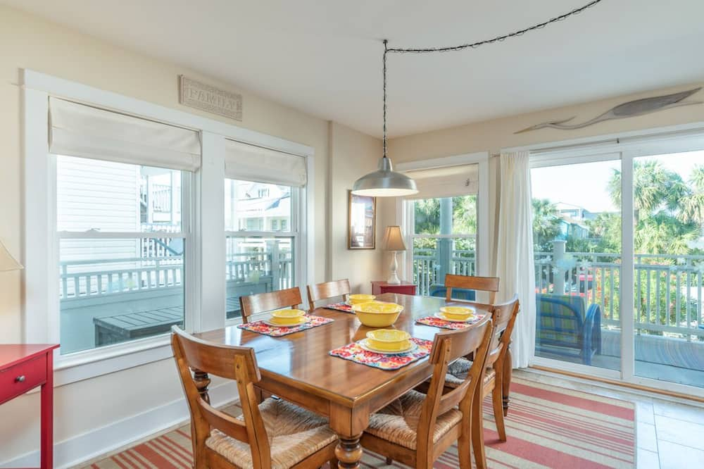 Awesome Home in Tybee Island With