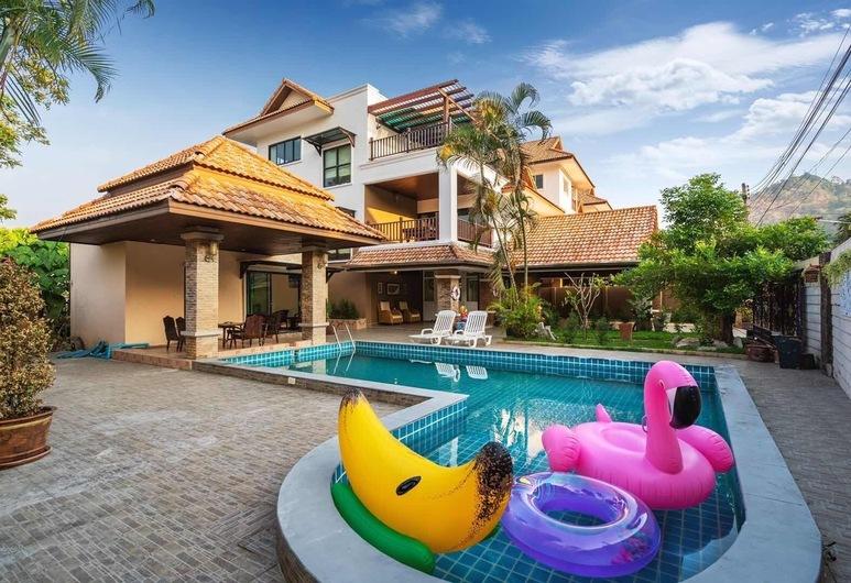 Anyaburi Private Pool Villa , تشالونج, فيلا عائلية, منطقة المعيشة