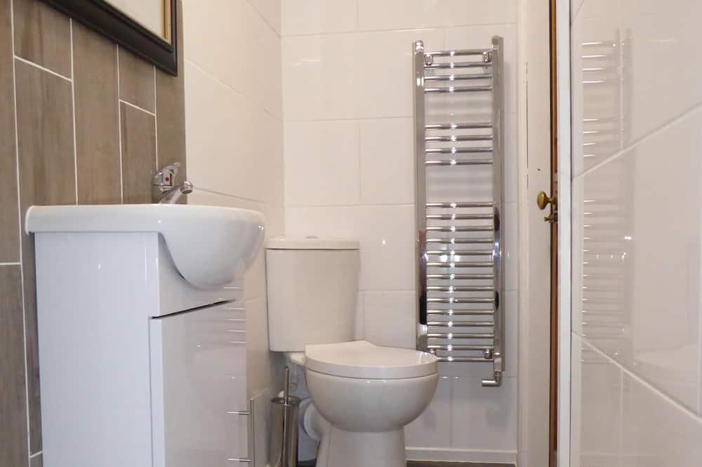 Superior Apartment, Ensuite (Treetops) - Bathroom