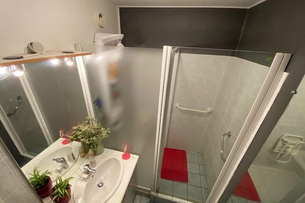Comfort Διαμέρισμα, Μπάνιο στο δωμάτιο (Proche de toutes comodité) - Μπάνιο