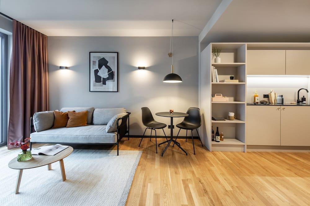 Apartment Medium - Living Area
