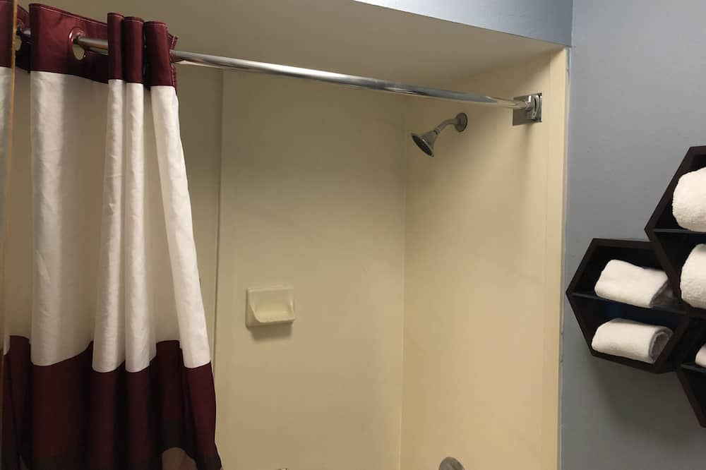 Štandardné štúdio, 1 extra veľké dvojlôžko, nefajčiarska izba - Kúpeľňa