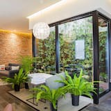 Patio & Spa House (Spa Tub Use at Surcharge: 80,000 KRW) - Terrace/Patio