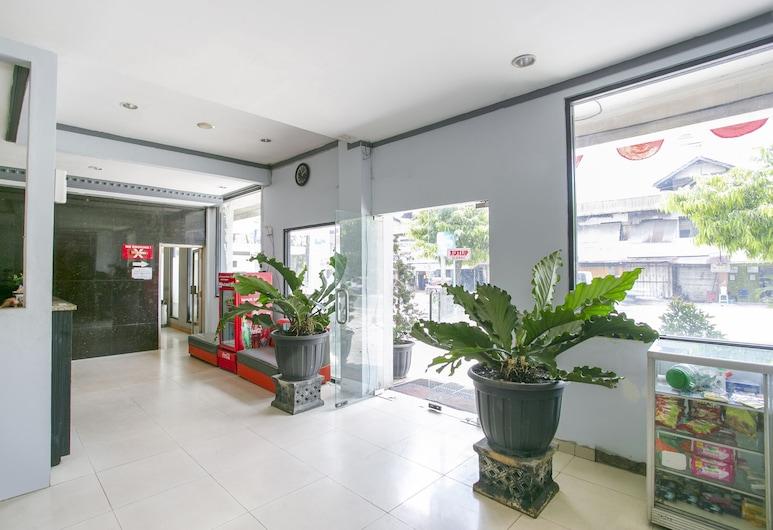 Oyo 3031 Hotel Regenerasi, Banjarmasin, Lobby