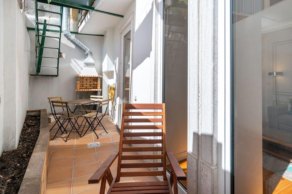 דירה, 2 חדרי שינה - מרפסת
