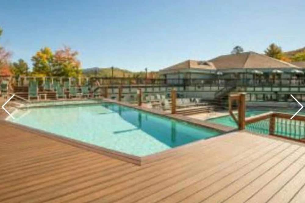 House (Snowood 43, Waterville Estates) - Pool