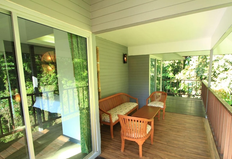 Rock And Treehouse Resort, Phanom