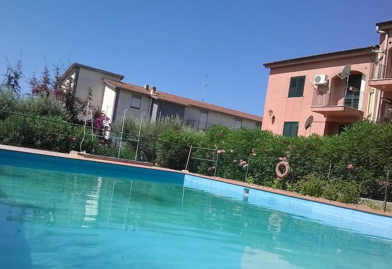 Apartment With one Bedroom in Realmonte, With Wonderful sea View, Shared Pool, Enclosed Garden - 2 km From the Beach, Realmonte, Pool