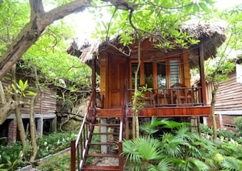 Picture of Halong Bay Deluxe Cruise Bungalow on Island in Ha Long