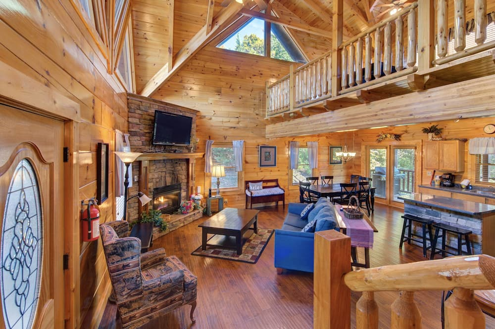 Cabin, Multiple Beds, Private Pool - Living Room