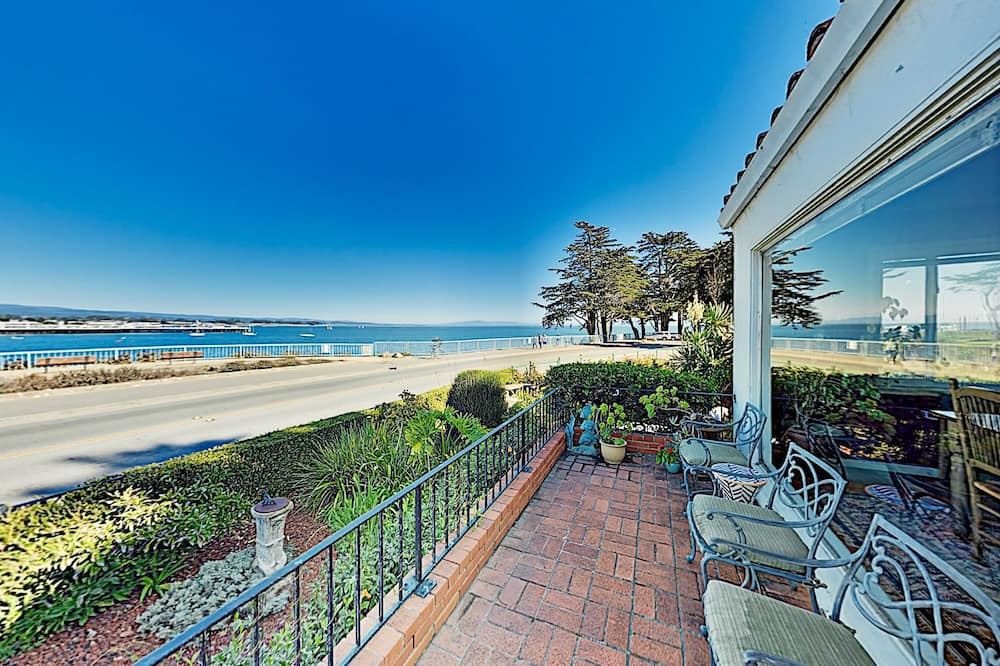 Surfside Spanish-style Epic Views & Hot Tub 3 Bedroom Home