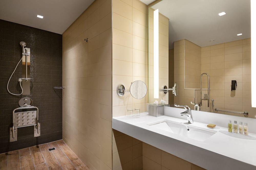Zimmer, 1King-Bett, barrierefrei - Badezimmer