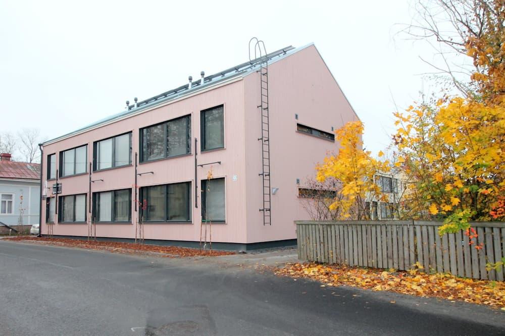 One Bedroom Apartment in Turku, Virusmäentie 22