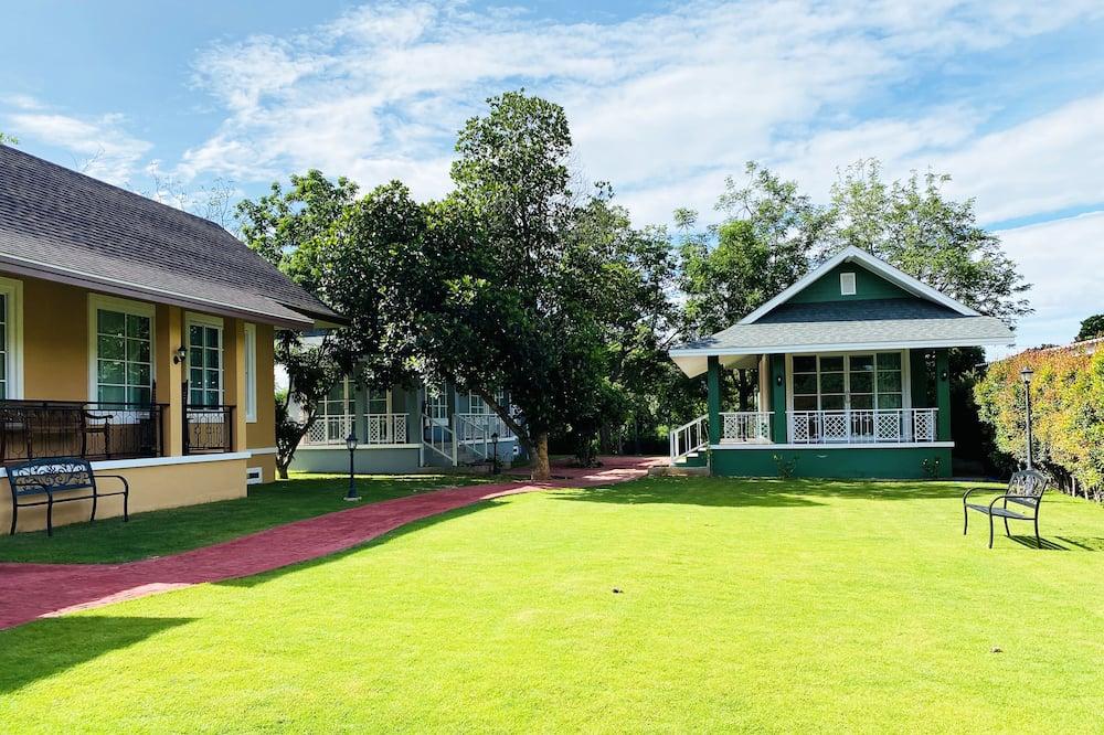 2-Bedrooms Villa - Blick auf den Garten