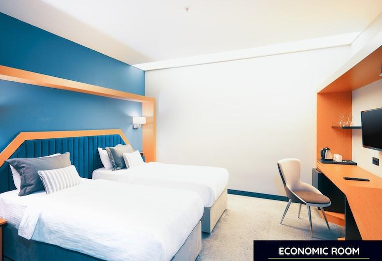 A Budget-friendly Hotel Room in Peaceful Sakarya, سيرديفان