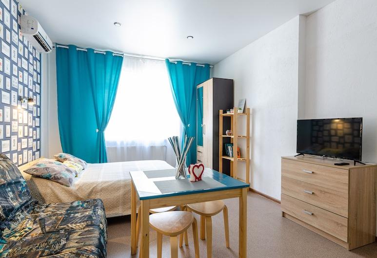 Apartments on Yuzhnaya 25, نوفوروسيجسك, غرفة رباعية بتصميم مميز, الغرفة