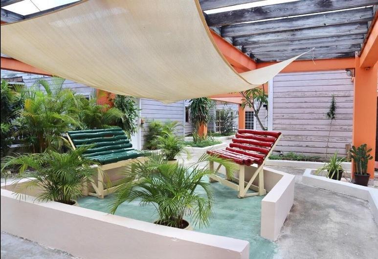 Shore Ting Villa - Studio Loft in Negril, JA, Negril