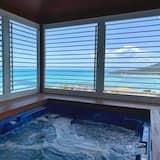 Ocean Pearl - Private spa tub