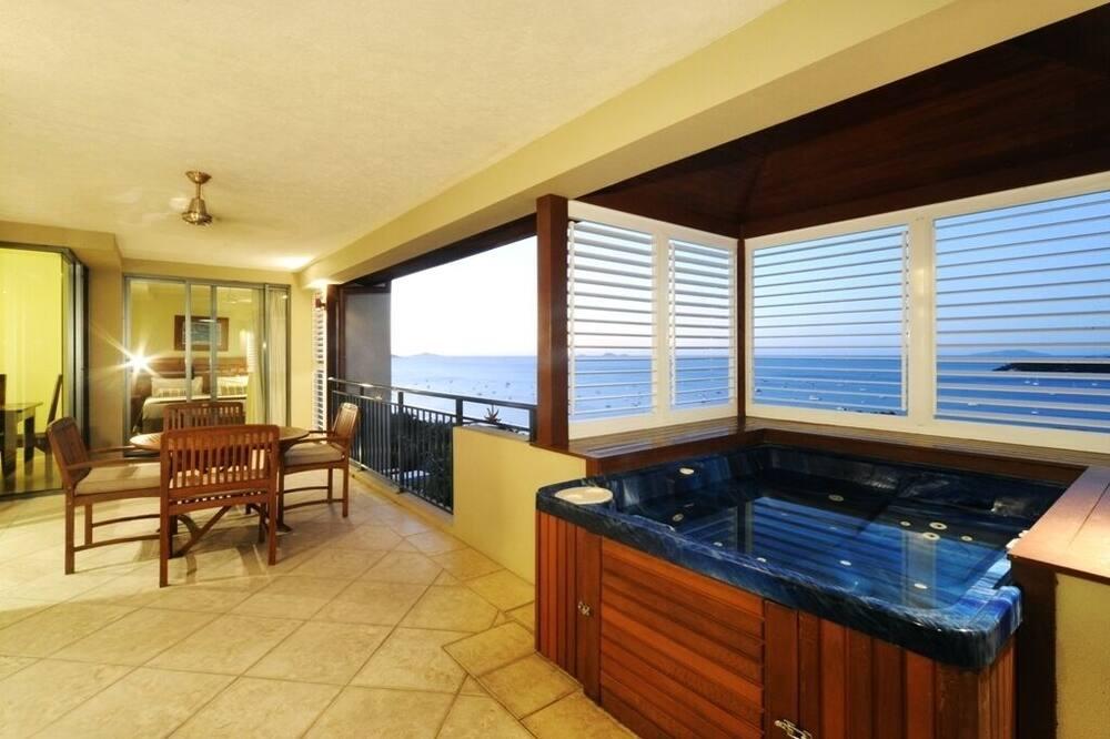 Ocean Pearl - Balcony