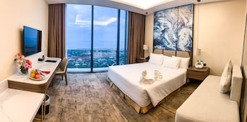 Picture of Muong Thanh Luxury Ha Long Centre Hotel in Ha Long