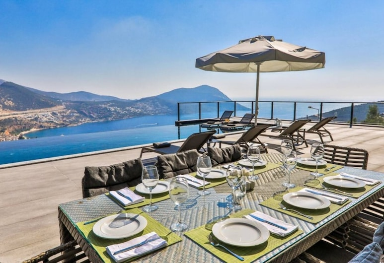 Luxury Vip Villa Full Furnished With Private Pool, Kas, Balkon