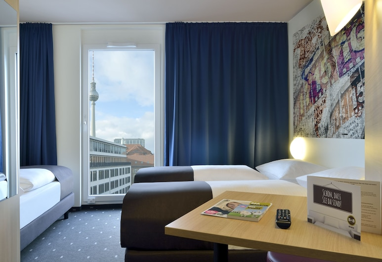 B&B Hotel Berlin-Alexanderplatz, Berlin, Triple Room, Guest Room