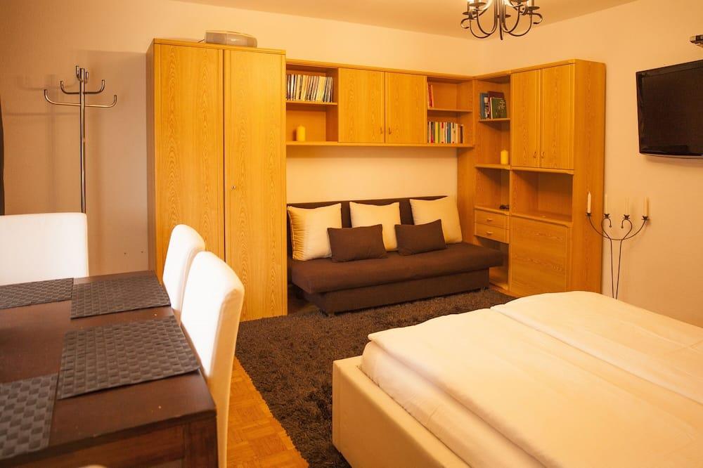컴포트 아파트 - 거실 공간