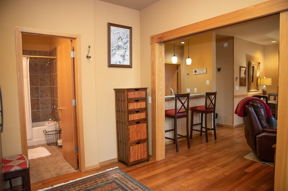 1934 Soda Springs 3 Bedroom Condo