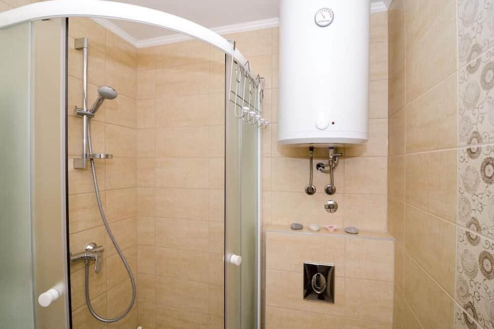 Apartamentai (One Bedroom Apartment) - Vonios kambarys
