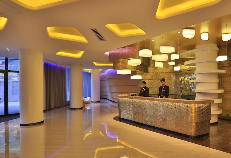 Orange Hotel Select Qingdao Haier Road, Cjindao, Skats no viesnīcas