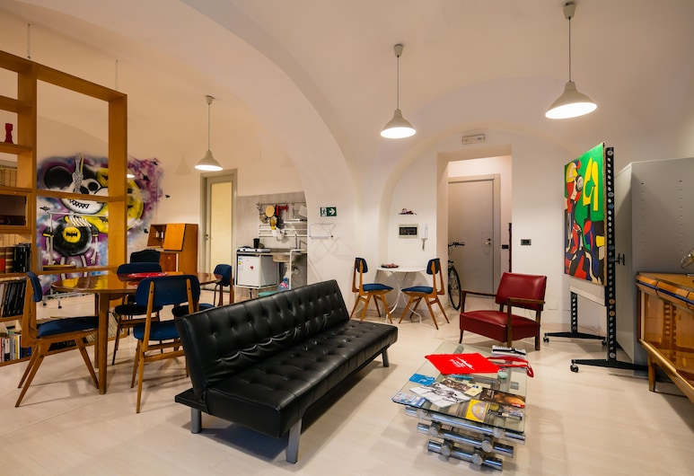 Appartamento a Palazzo Berio, Naples, Apartment, 1 Bedroom, Living Area