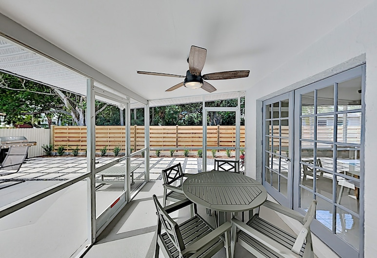 630corwd 3 Bedroom Home, Sarasota, Casa, 4 Quartos, Varanda