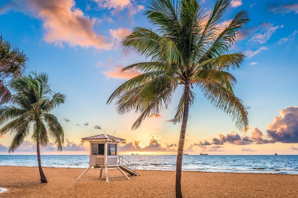 House, 2 Bedrooms - Beach