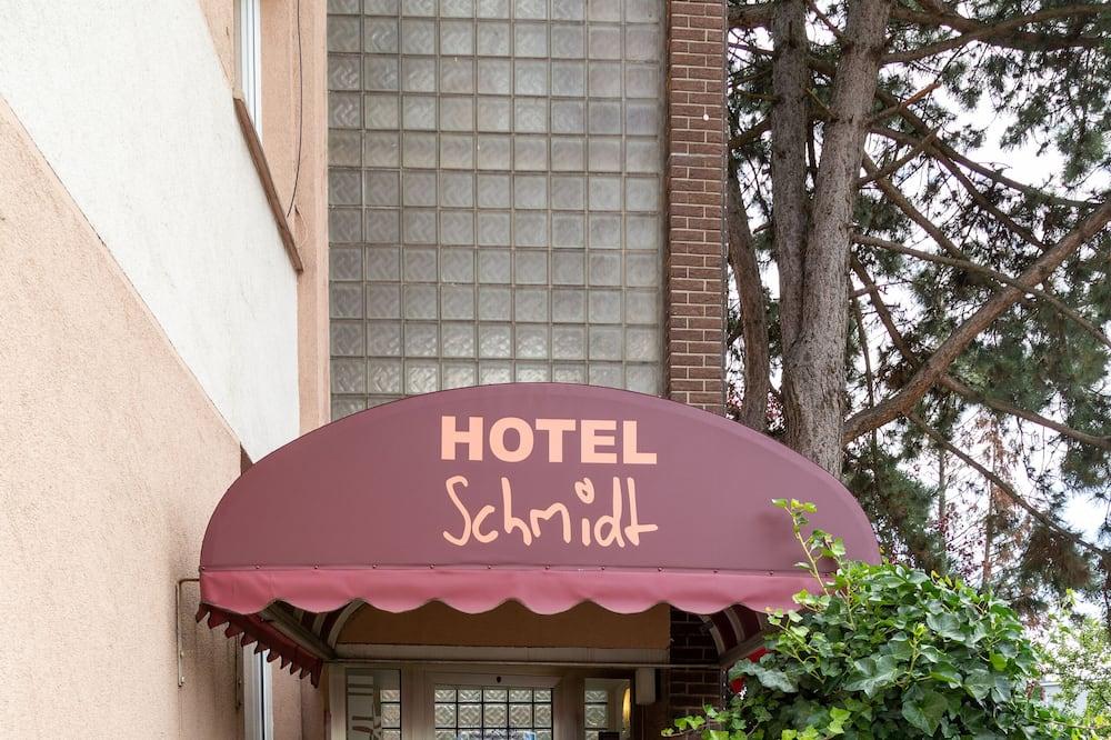Hotel Haus Schmidt, Essen (and vicinity)