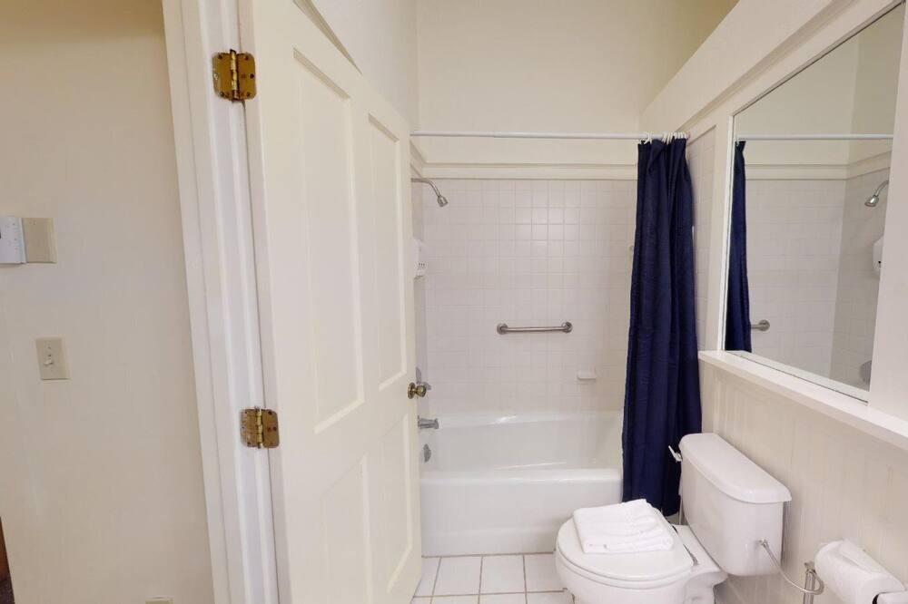 スタジオ (Preston Suite #8) - バスルーム