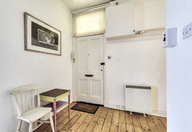 Guestready - Vibrant Leith Flat for 3 People - Cosy + Great Location!, Edinburgas