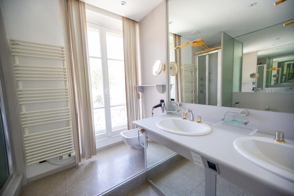 Superior Suite, Ensuite (MARJOLAINE) - Bilik mandi